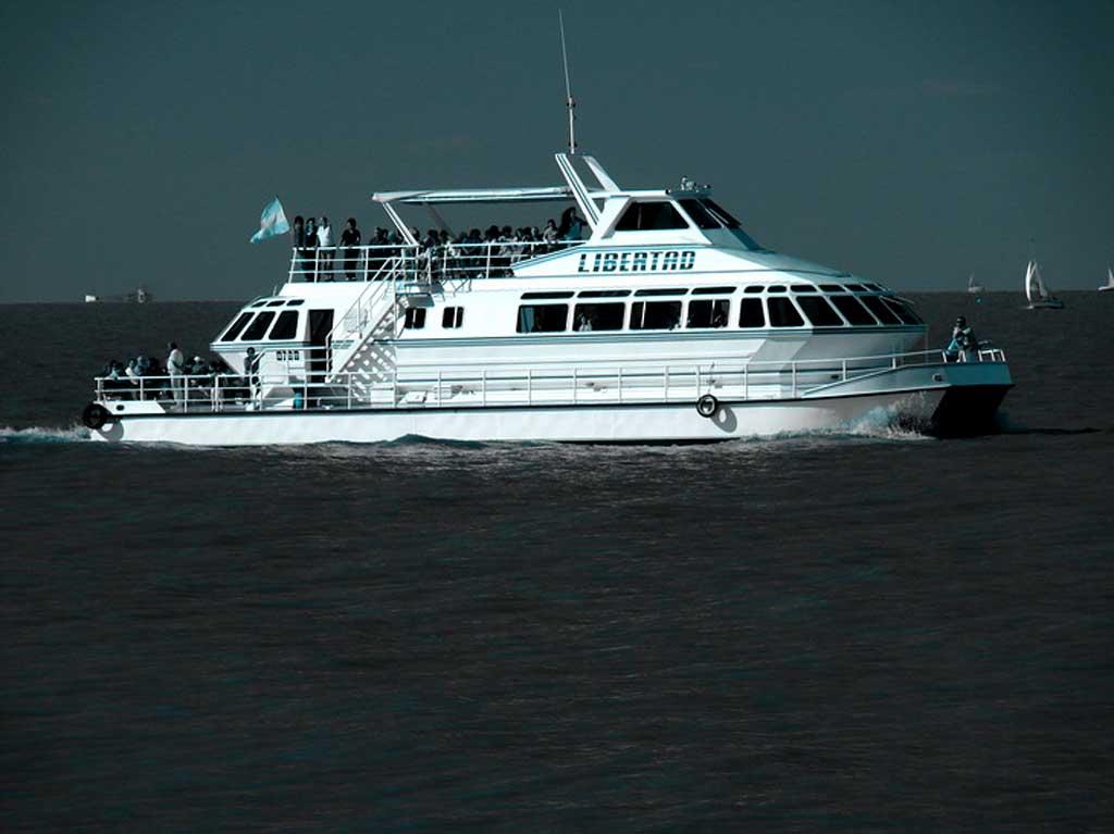 Catamarán Libertad