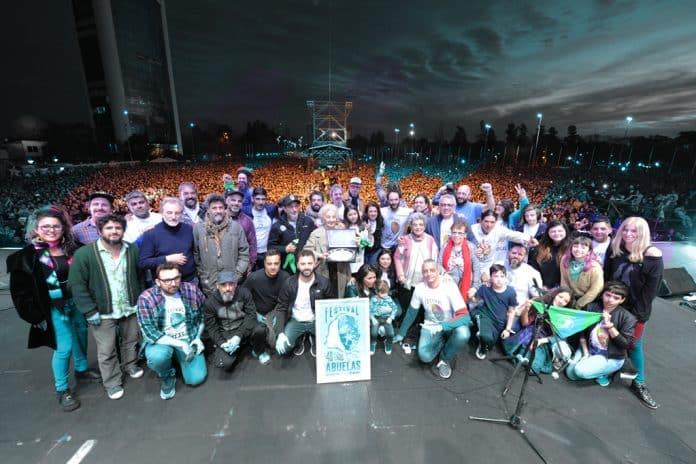 Abuelas de Plaza de Mayo 40 año