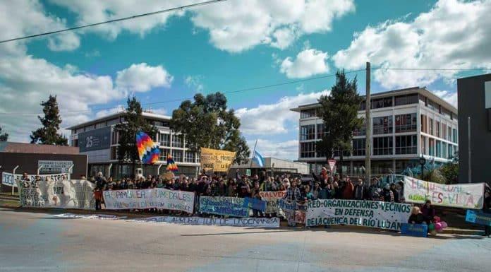 Protesta frente a EIDICO